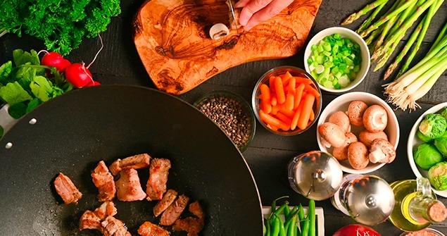 Conheça nosso empenho e dedicação diários, para que você tenha uma experiência gastronômica real e positiva conosco.
