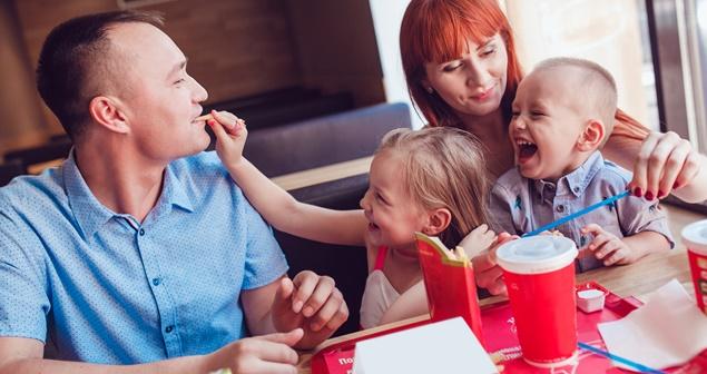 pratos infantis